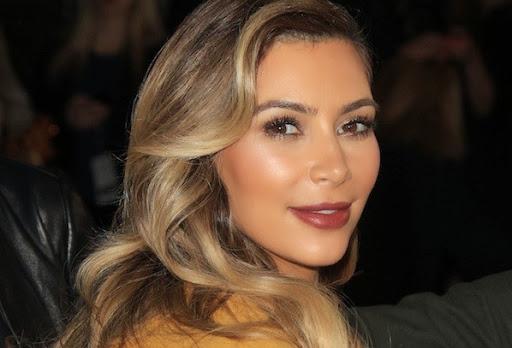 Kim Kardashian Goes Back To Brunette!